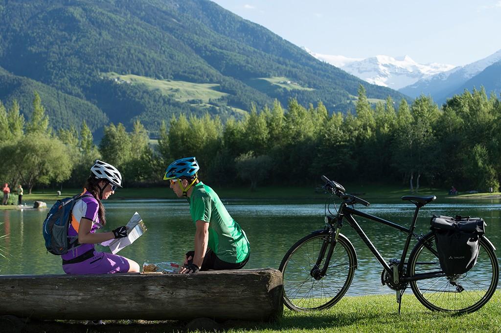 Radfahren bei Prad im Vinschgau